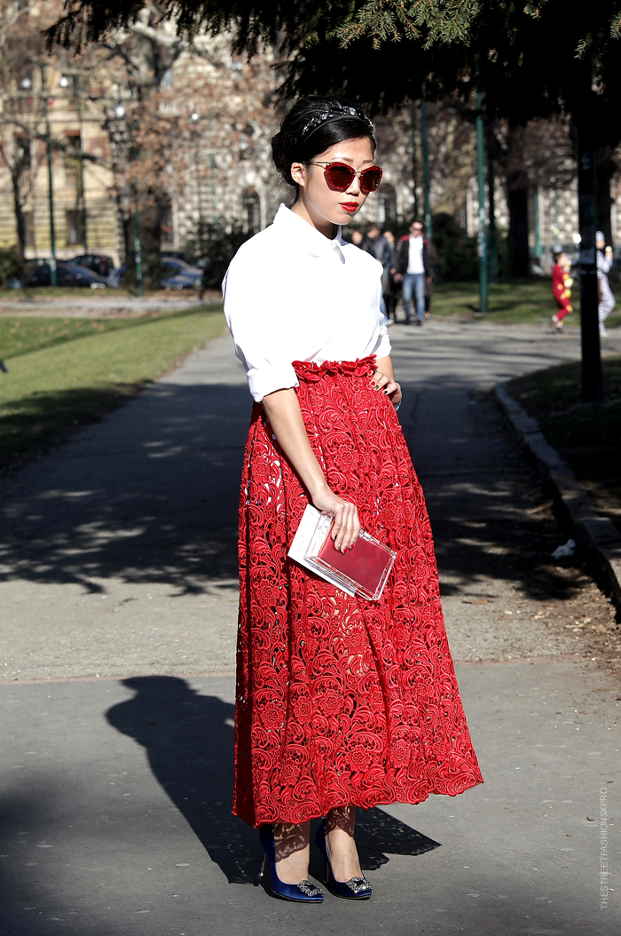 red-lace-skirt